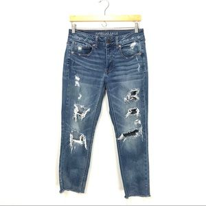 American Eagle Tomgirl Jeans Distressed Denim 2 A6